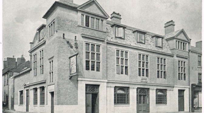 The Renaissance of the English Public House