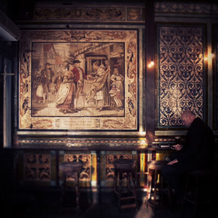 Painted tiles, the Ten Bells, Whitechapel.