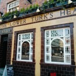 The Lower Turk's Head, central Manchester. 'MB', we are told, stands for 'Manchester Brewery'.