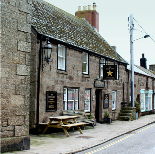 The Star Inn (exterior).