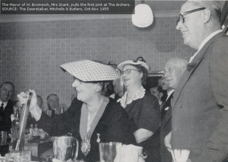 The Mayor of West Bromwich opens The Archers, 1955.