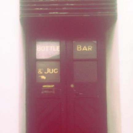 Jug & Bottle sign at the Crown, Penzance.
