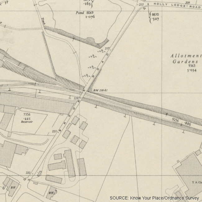 Map showing the lane, 'Brook Road'.