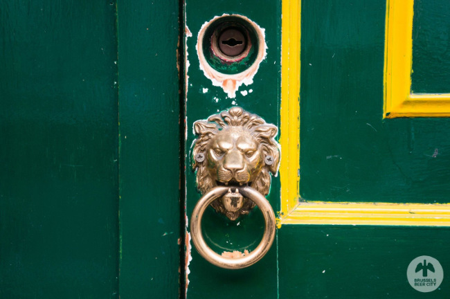 Doorknocker on the James Joyce.