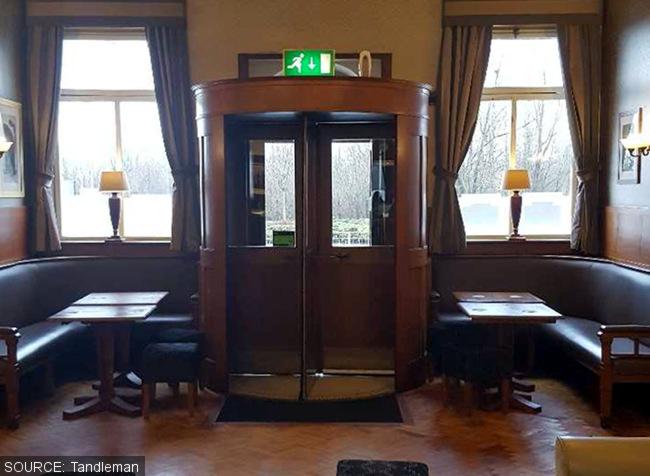 Doorway of the Kingsway Hotel.