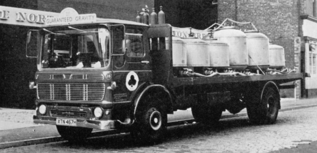 A Federation brewery tank lorry.