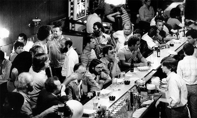 Bar mirage, 1976.
