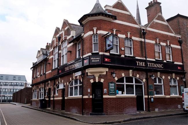 Titanic pub.